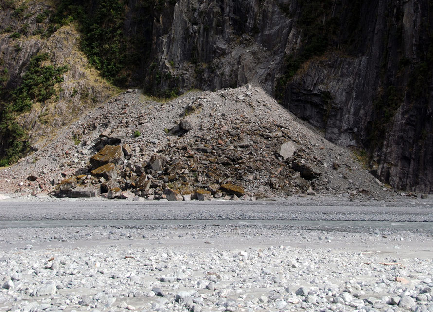 Scree and moraine deposits at the bottom of Cone Peak in the Fox Glacier valley