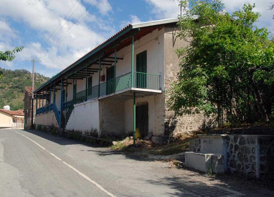 Houses in Tsakistra