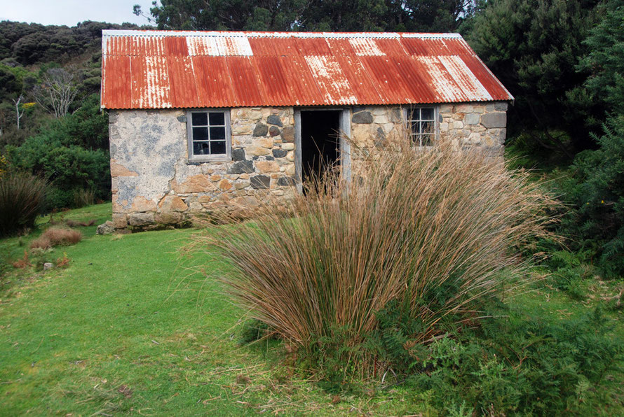 Lewis Ackers and Mary Pi's stone house built in 1863 from granite quarried and shipped by Acker from the New River district on the other side of the Foveaux Strait (see Te Ara Biography).