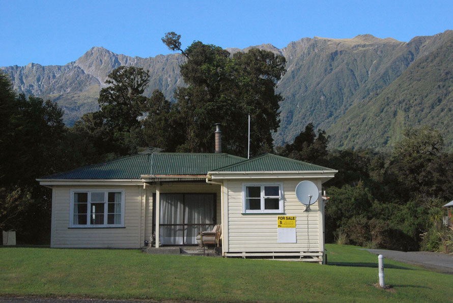 The magnificent backdrop to Fox Glacier Village. The population of Fox Village has increase from 117 to 375 in 5 years.