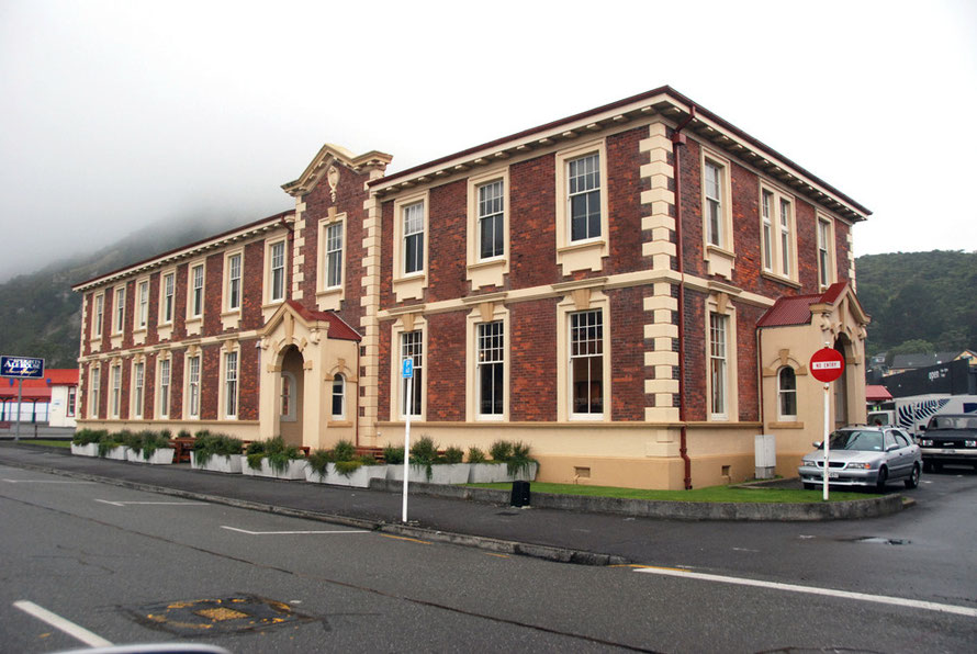Former municipal buildings, Greymouth. Now a Speights Alehouse