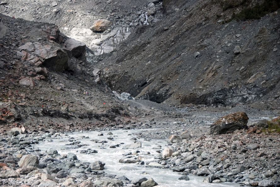 TThe devastation at the foot of the Fox Glacier: riversin Westland have among the highest sediment loads in the world.