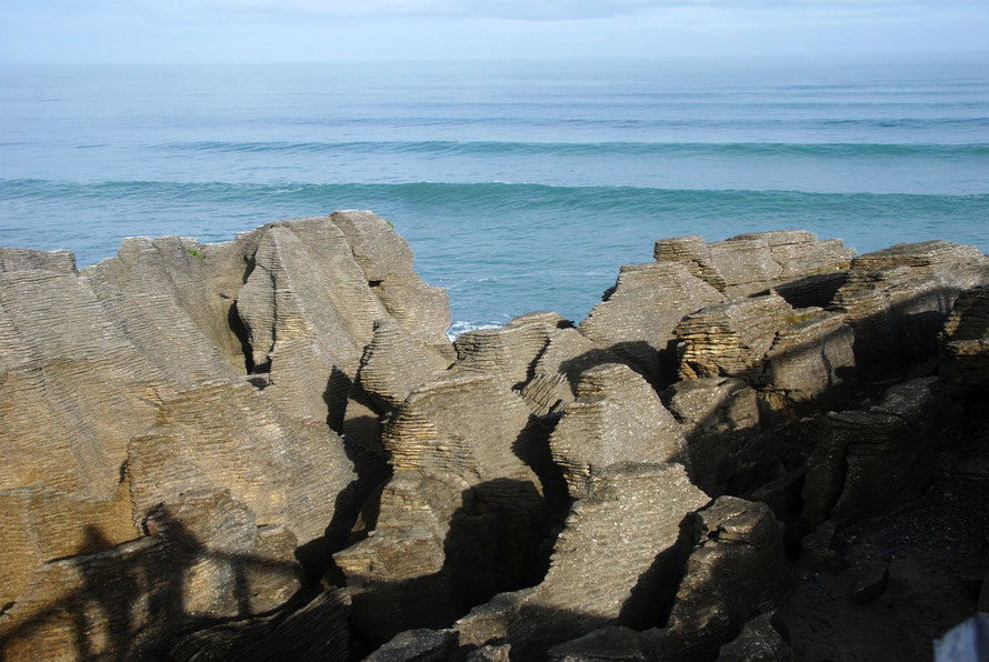 Pancake Rocks and Tasman Sea swell lines, West Coast.