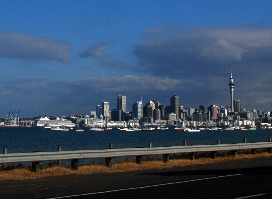 The Auckland skyline from the south at Shoal Bay on SH1 looking over Waitemata Harbour.