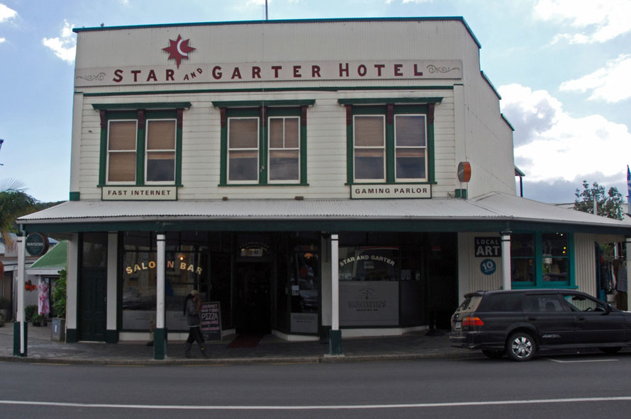 The Star and Garter Hotel, Coromandel.