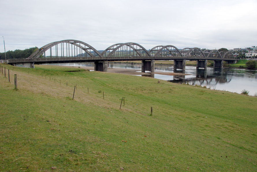 The six-spanned 1936 concrete bridge over the Clutha, New Zealand's biggest river by volume.