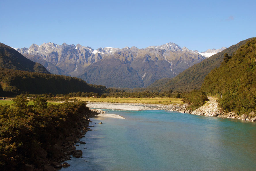 Whataroa River with the Butler Range and Mt Fletcher (2446m) to right and Mt Rangatira (2149m)  to left