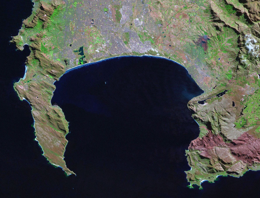 Landsat image of Cape Peninsula and False Bay (http://landsat.gsfc.nasa.gov)