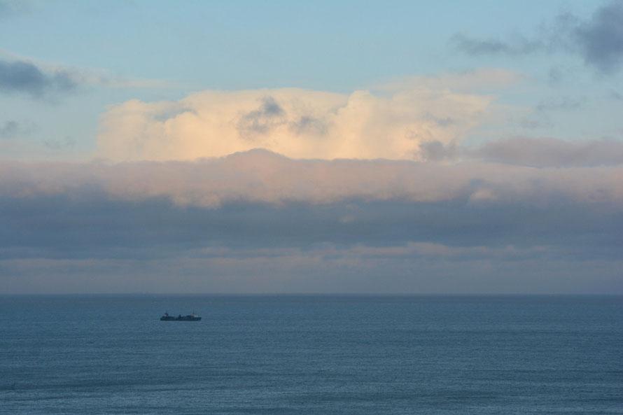 Big cloud, last light.