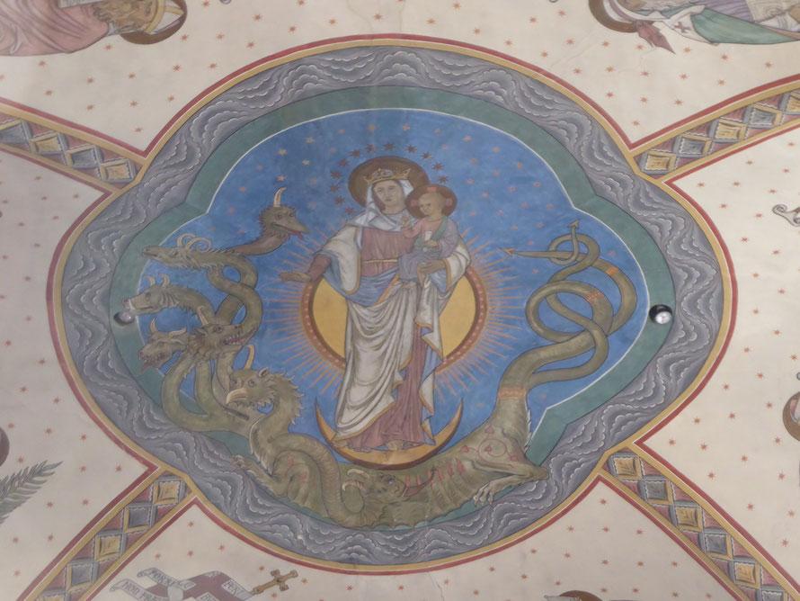 Abdijkerk Rolduc - De schildering 'Maria met Jezus op de zevenkoppige draak' van Matthias Goebbels.