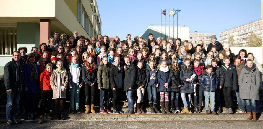 Großes Gruppenfoto am Tag der Abreise