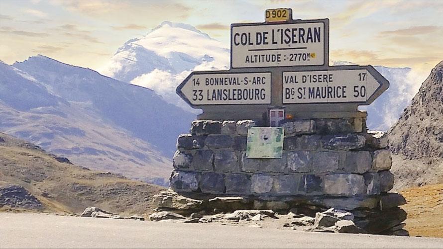 Die höchsten Alpenpässe auf Pässe.Info
