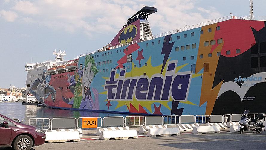 Fähre Tirrenia von Genua (Italien) nach Porto Torres (Sardinien)