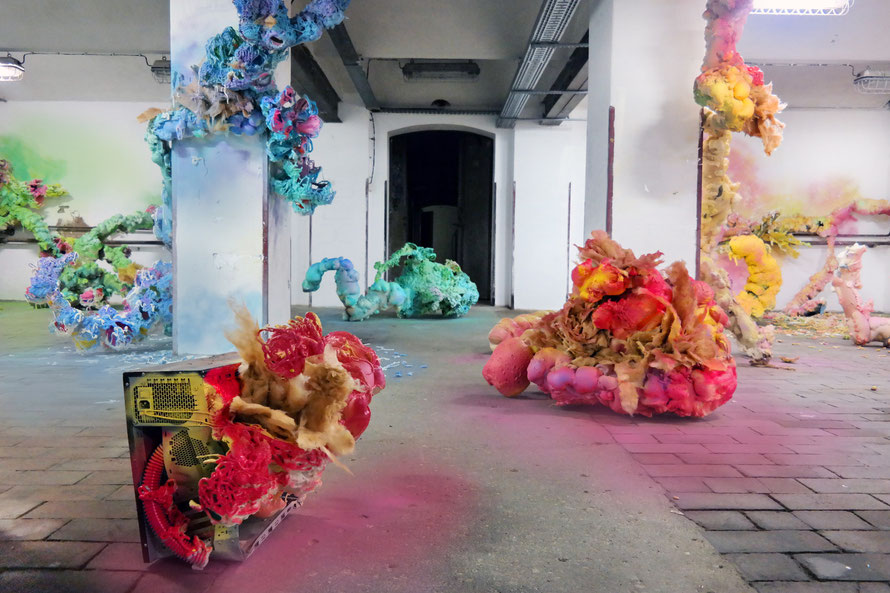 Nadine Baldow - Super Toxic Contamination - Earth Gallery Dresden - Installation