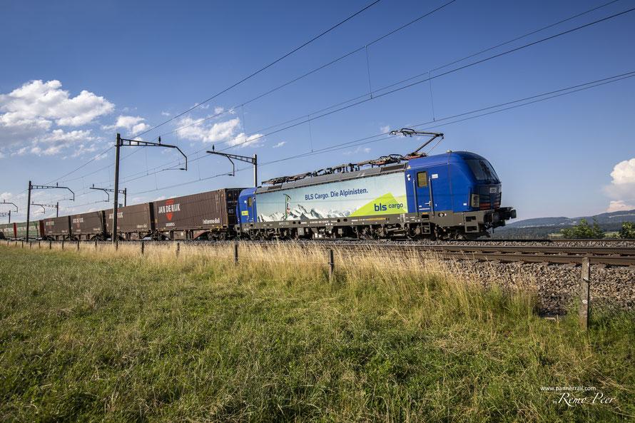 BR193 496 der BLS Cargo bei Mühlau