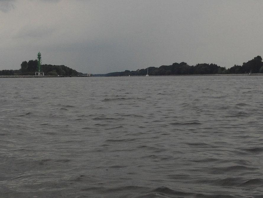 Die Kaiserfahrt, wird von der Berufsschifffahrt genutzt