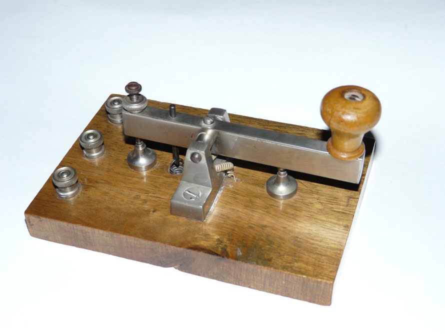 German - Morse Key. Made by E. leybold's Nachfolger A.G. Koln Bayental.