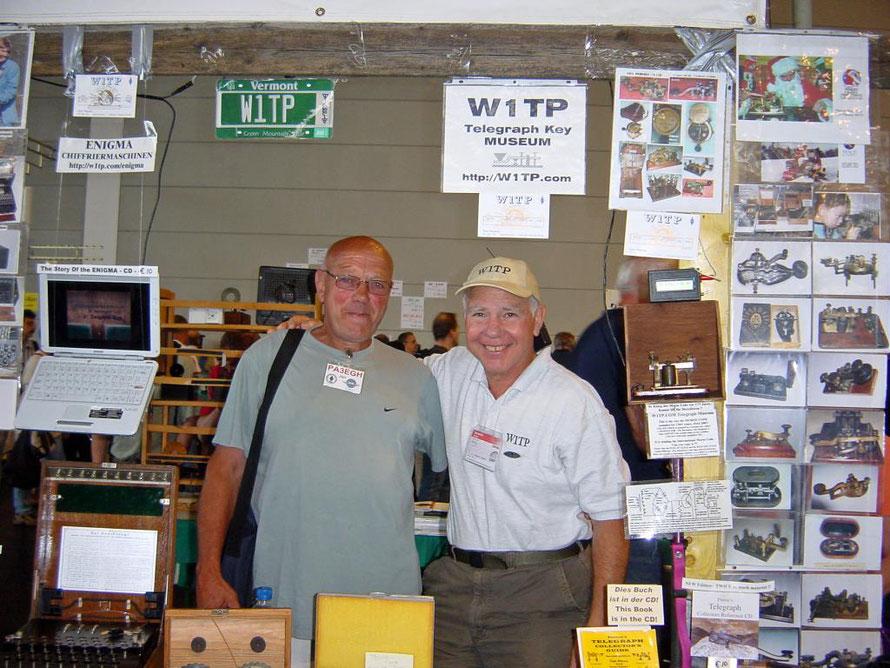 Jan pa3egh meeting with Tom Perera W1TP. In Friedrichshafen