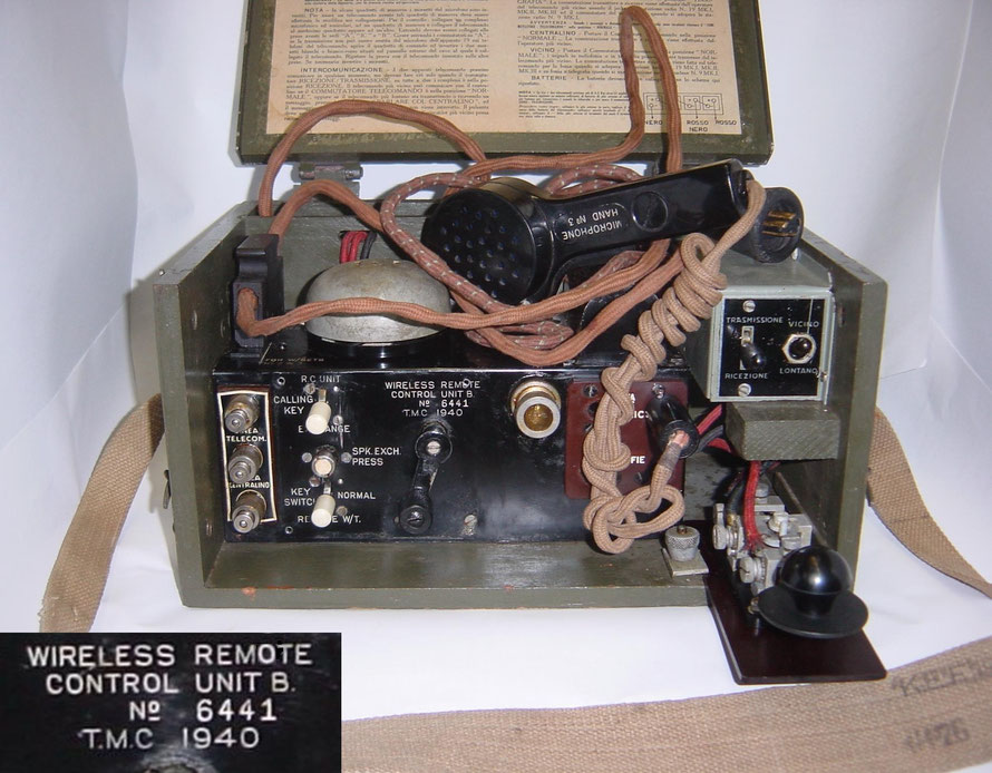 British - Wireless remote control Unit B. No 6441 T.M.C. 1940.  Telephone Manufacturing Co. Ltd, , Martell Road, London, S.E. 21.