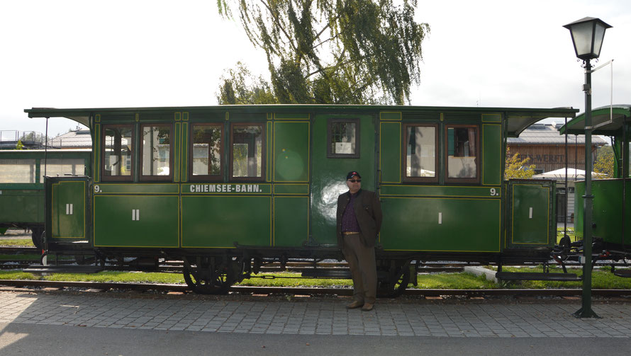 In Prien hätte es auch noch eine Nostalgiebahn, die man benutzen könnte.