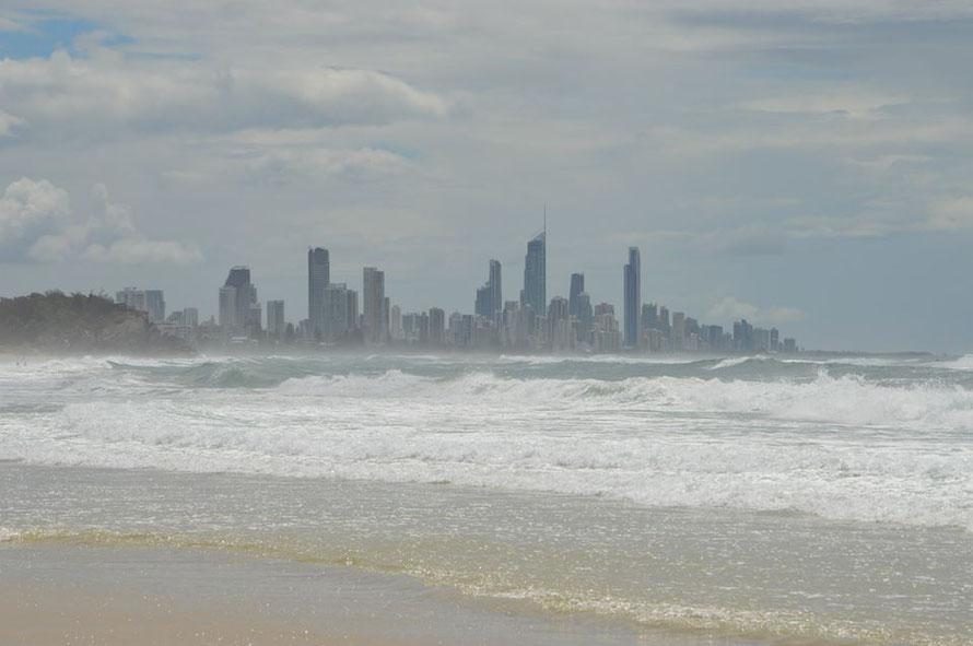 Die Skyline von Surfers Paradise