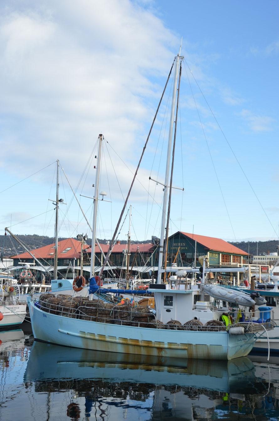 Fischerboot im Victoria Dock