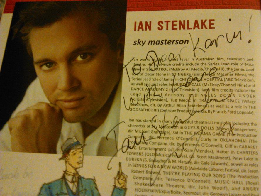 Schon am ersten Abend ergattere ich dann mein erstes Autogramm und treffe Ian persönlich.