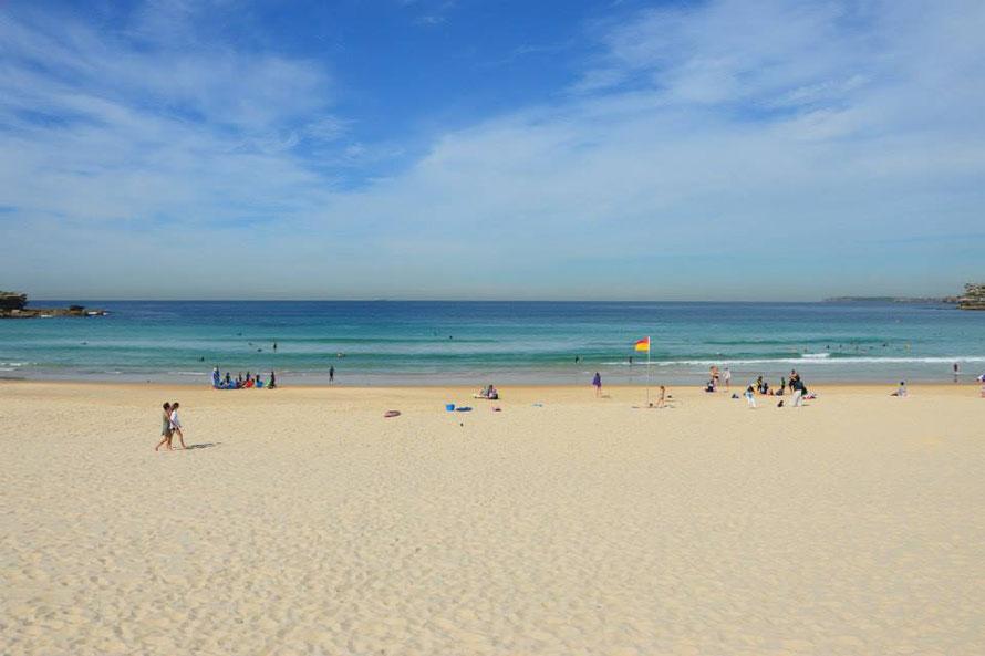 Bondi Beach (übrigens spricht man das Bondai Beach aus)