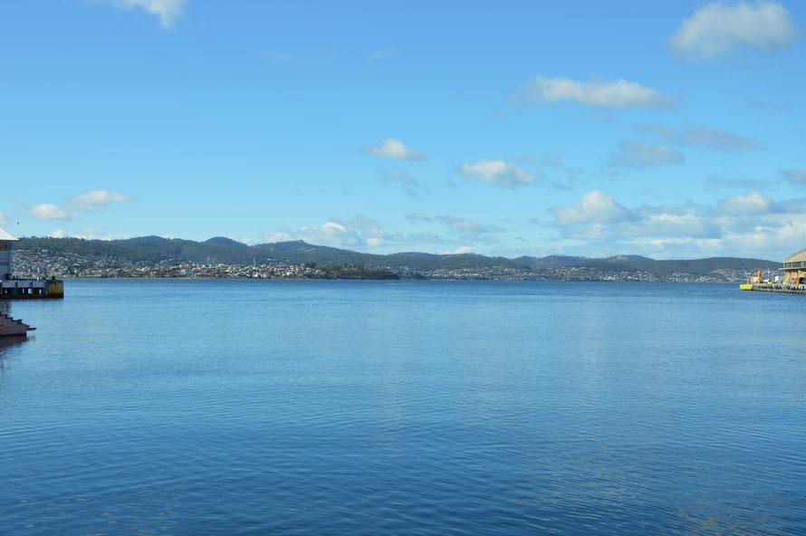 Das Hafenbecken von Hobart