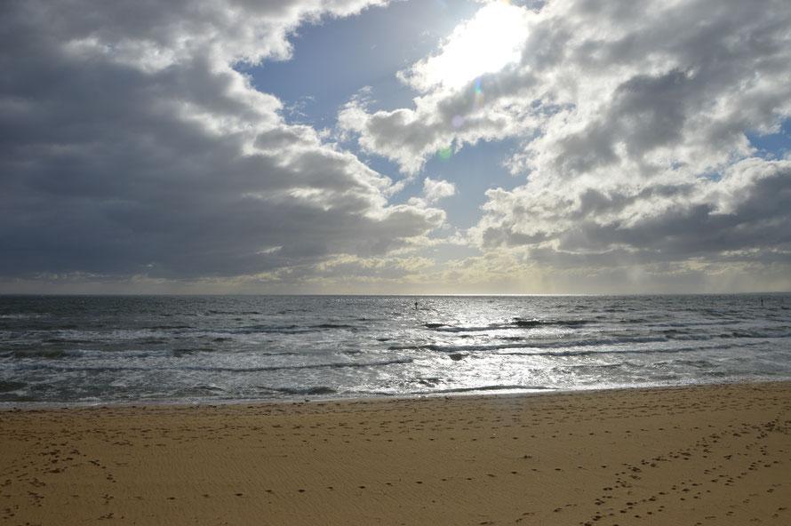 Der Strand von Frankston. Es ist eine grosse Bucht und nicht direkt das Meer, aber sie ist so gross dass man das andere Ufer gar nicht sieht.