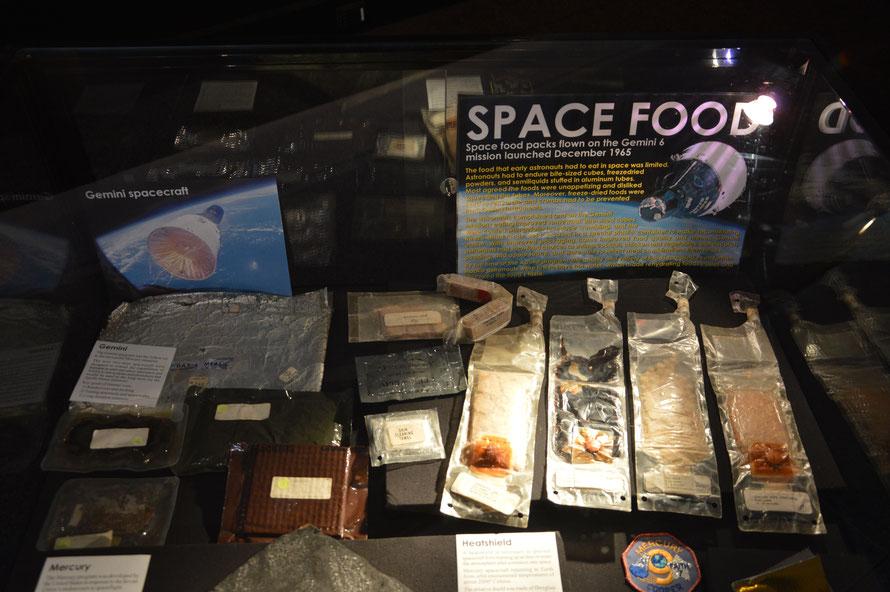 Hmmmm Astronautennahrung damals (wir hatten es erst vor ein paar Wochen davon im Büro :-)