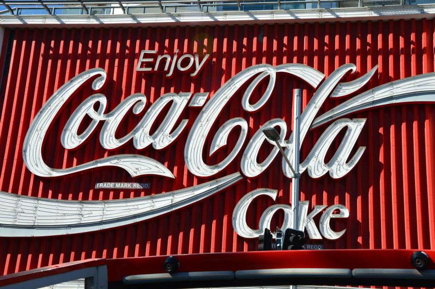 Das berühmte Cola Schild beim Kings Cross