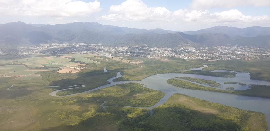Anflug auf Cairns