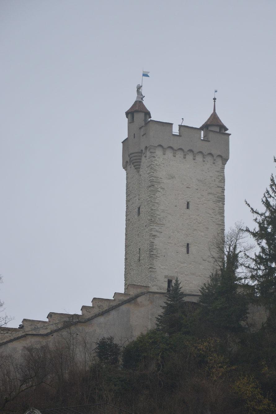 Der Mändliturm in der Stadtmauer von Luzern