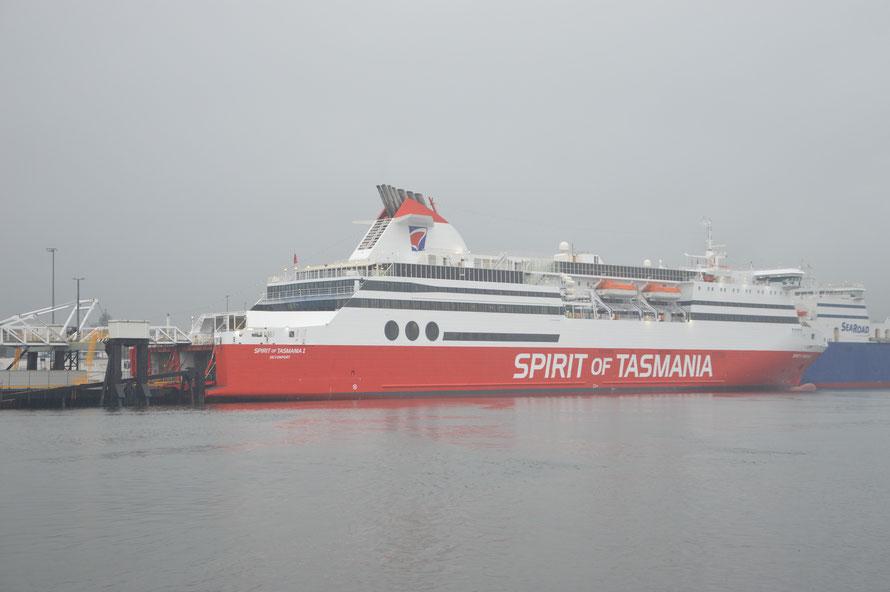 Die Spirit of Tasmania wartet auf ihr Auslaufen heute abend um 19:30 Uhr