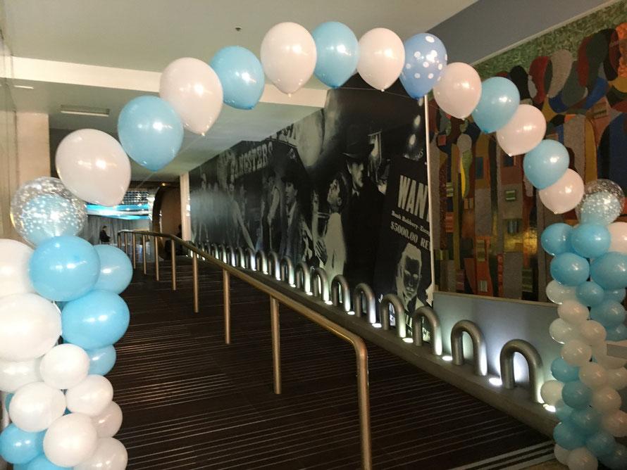 decoración fiesta con globos