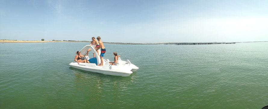 pedalo en location a la tranche sur mer en vendée