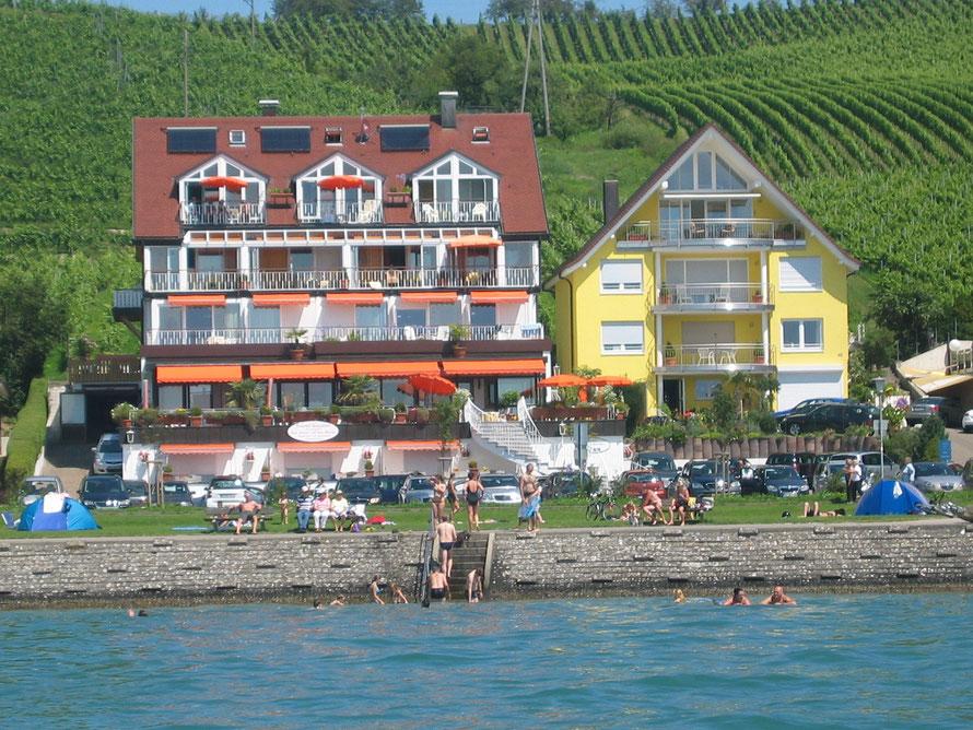 Bild: Ferienwohnung in Meersburg direkt am Bodensee mit Seesicht