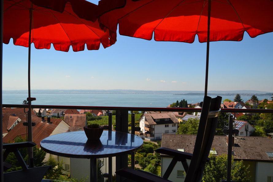 Bild: Ferienwohnungen in Meersburg am Bodensee mit Seeblick.