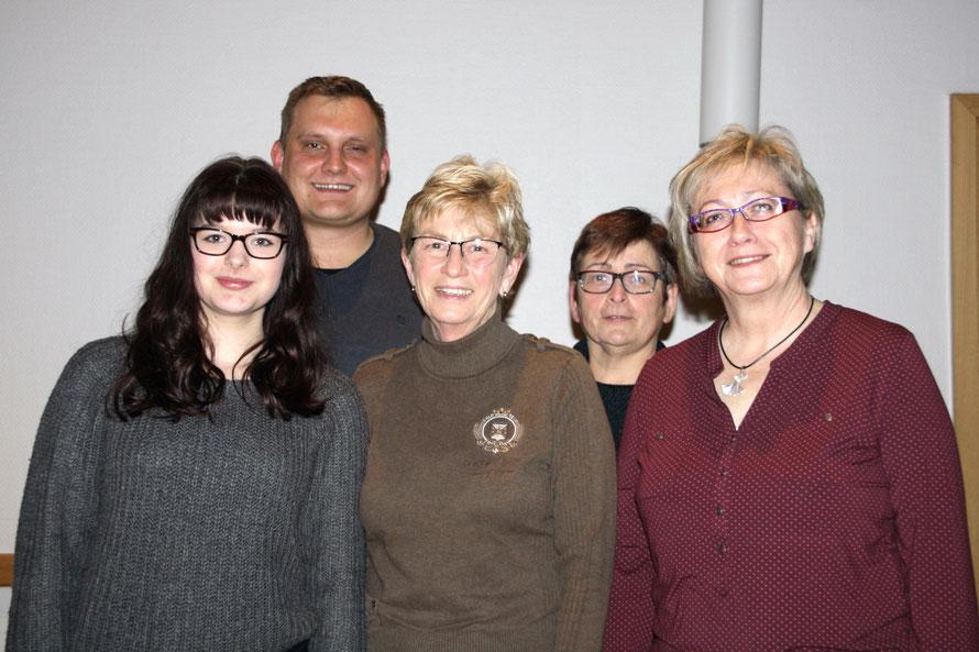 Unser Vorstand: Jennifer Hartwig, Sebastian Schulz, Ursula Schwuchow, Carla Giese, Angelika Schiersch