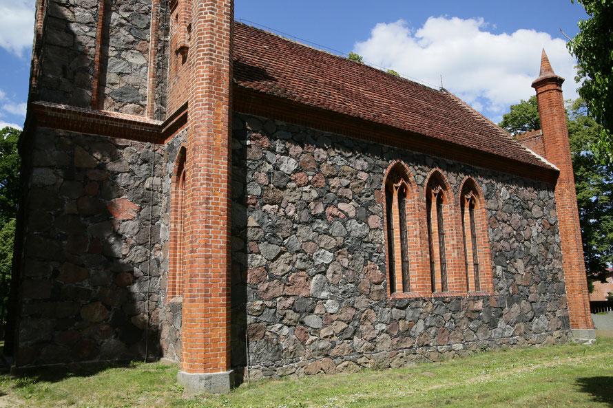 Kirche bredenfelde - Südseite -