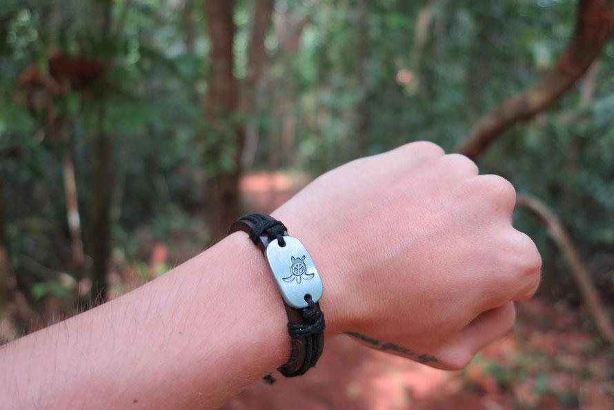 ein wundervolles Armband für umgerechnet 2 Euro. Bezahlt mit Vertrauenskasse.