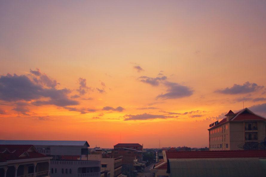 Die Sonne ist untergegangen - Ausblick vom Dach meines Hotels