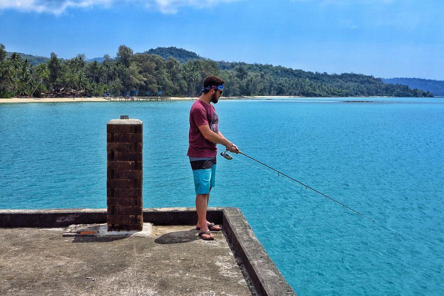 Dustin Does Fishing - leider vergeblich. Aber cool war es trotzdem!