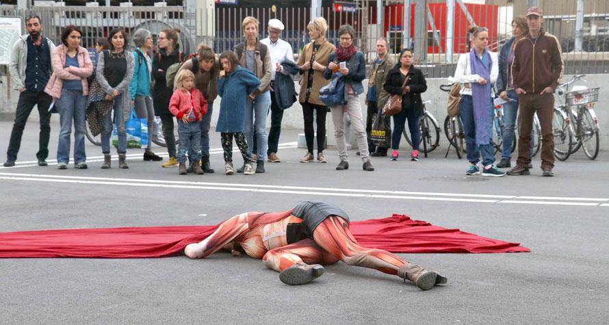 """Oro y Furo – Bekenntnisse"", Kesselhausplatz Winterthur, Fotografien: Regula Lustenberger"
