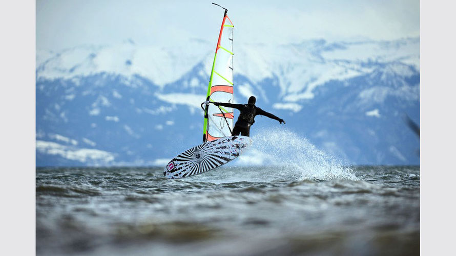 Windsurfen im Winter am Bodensee