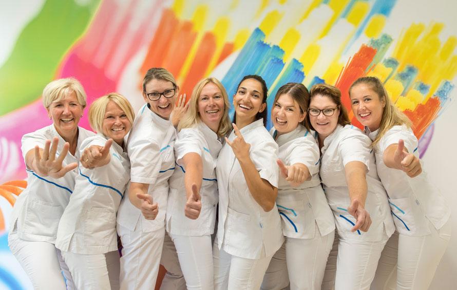het team van Mondzorg Oosterhesselen, de lieve tandarts in Oosterhesselen