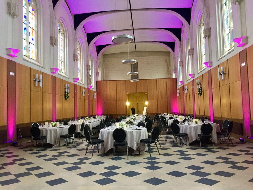 éclairage de salle déco lèche mur par LED Rouen location installation matériel éclairage projecteur couleur