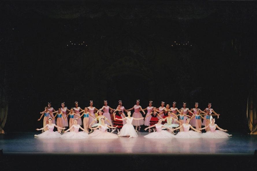 クラシックバレエ くるみ割人形より