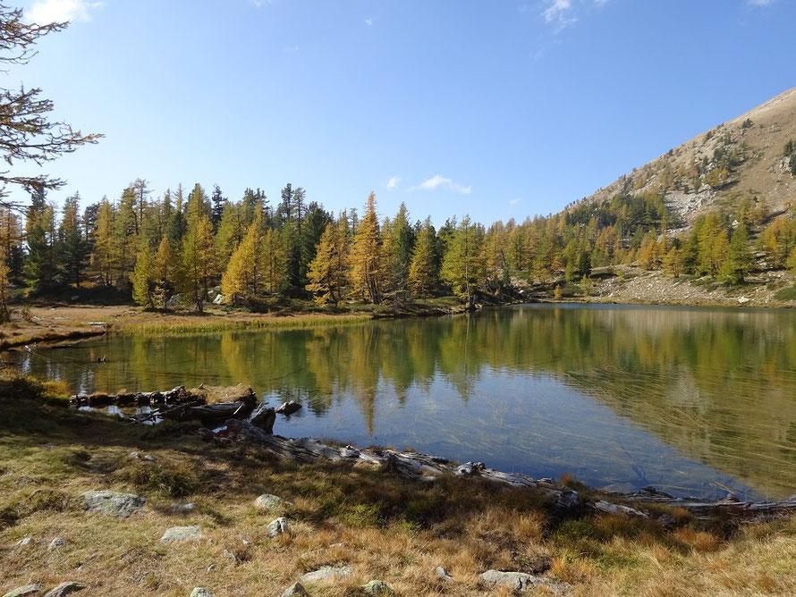 Le lac Graveirette en automne